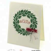 How to Stamp the Perfect Wreath for Your Paper Crafts