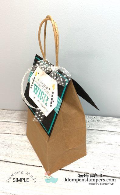 DIY-Gift-Bag-Topper-Birthday-by-Jackie-Bolhuis-Klompen-Stampers